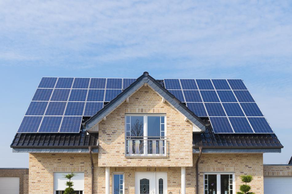 Solar Panels on Smart Home for Smart Energy