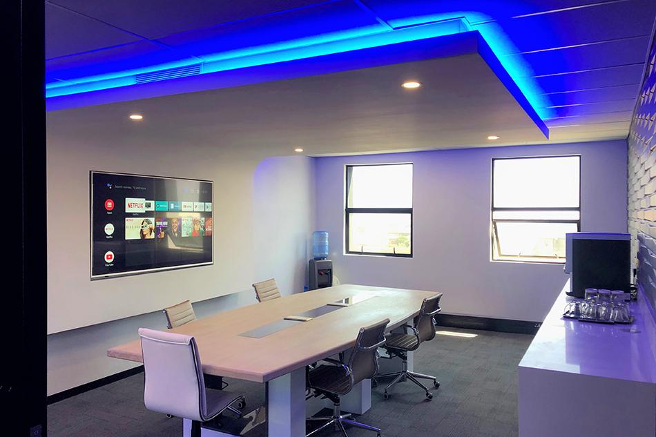 Smart Boardroom in Office